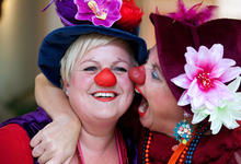 Azora Antonia Mimakkus clowns